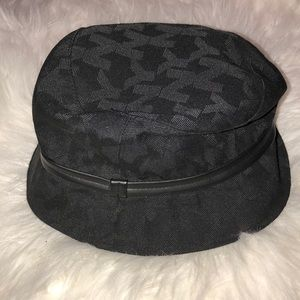New York & Company - bucket hat
